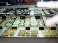 Fuddruckers in Burbank, California the bakery