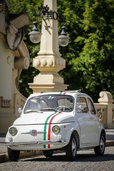 1968 classic Fiat 500 — the perfect taste of Italy. Fiat Cinquecento, Fiat 500c, Fiat Abarth, Classic Motors, Classic Cars, Fiat 500 Lounge, Microcar, Fiat Cars, Cute Cars