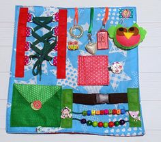 Fidget Blanket baby quiet travel toy Special needs mom toddler Sensory Blanket, Baby Sensory, Weighted Blanket, Sewing Toys, Sewing Crafts, Sewing Projects, Pet Toys, Baby Toys, Fidget Blankets