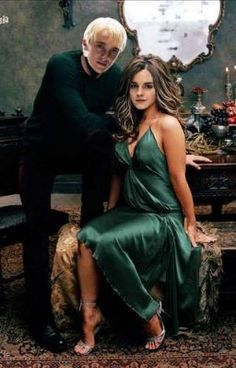draco and hermione Harry Potter Cast, Harry Potter Fan Art, Harry Potter Characters, Harry Potter Fandom, Harry Potter World, Emma Watson, Kate Beckinsale Hot, Gina Weasley, Scorpius Rose