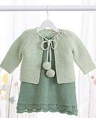 #Gratisanleitung #Strickanleitung: Jacke und Kleid für Kinder in pastelligen Grüntönen / #freepattern for jacket and dress for children via lanagrossa.de