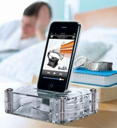 Griffin AirCurve Dock Amplifies Your iPhone Speakers Without Electronics