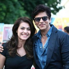 """Kajol post this Pic to her Twitter @KajolAtUN :""""Back in front of the camera with an old friend after a very long time. You might know him. @iamsrk"""" . .  And they are back !!! Looking fresh looking young!! #Kajol & #ShahRukhKhan on #Dilwale sets!"""