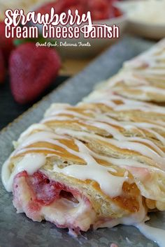 Strawberry Cream Cheese Danish is a delicious and easy strawberry danish recipe that is loaded with fresh strawberries and a delicious cream cheese filling. Cream Cheese Breakfast, Cream Cheese Bread, Cream Cheese Coffee Cake, Cream Cheese Desserts, Cream Cheese Recipes, Strawberry Danish Recipe, Strawberry Puff Pastry, Fresh Strawberry Recipes, Strawberry Breakfast