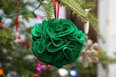 A new way to decorate your christmas tree..