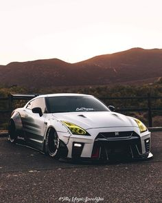 5 Persevering Cool Tips: Car Wheels Recycle Repurposed car wheels ideas autos.Car Wheels Recycle Autos old car wheels awesome. Nissan Gtr R35, Sports Car Brands, Sport Cars, Skyline Gtr, Nissan Skyline, Supercars, Cr7 Jr, Automobile, Bmw M4