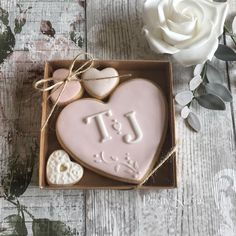 Gallery of work from The Pretty Sugar Cake Company