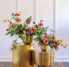 Susan McLeary's Colorful Cascade Spring Flower Arrangements, Floral Arrangements, Spring Blooms, Spring Flowers, Altar, Chandeliers, Terrarium Table, Floral Design Classes, Cascade Bouquet