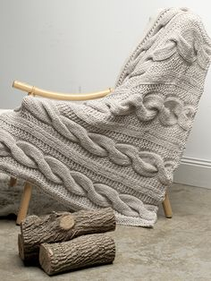 Woodsman Cable Throw