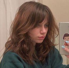 Dye My Hair, New Hair, Hairstyles With Bangs, Pretty Hairstyles, Hair Inspo, Hair Inspiration, Cabelo Inspo, Medium Hair Styles, Curly Hair Styles