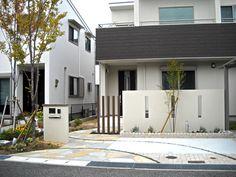 写真・リフォーム施工後 Front Yard Landscaping, House Front, Fence, Facade, Entrance, Home And Garden, Exterior, Landscape, Architecture