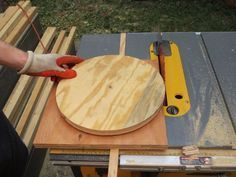 How to Cut Perfect Circles with A Table Saw #Woodworkingtools