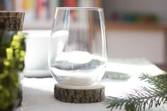 Last Minute Ideas For Your Thanksgiving Table: Cut Tree Branch Coasters >> http://blog.diynetwork.com/maderemade/2014/11/24/last-minute-thanksgiving-table-ideas/?soc=pinterest