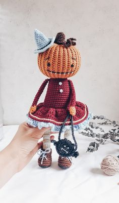 amigurumi pumpkin Thanksgiving day toys free pattern for boys girls videos tutor… – Miss Stephanie Cronin - Crochet Crochet Toys Patterns, Amigurumi Patterns, Stuffed Toys Patterns, Amigurumi Doll, Knitting Patterns, Crochet Fairy, Crochet Bunny, Crochet Pour Halloween, Halloween Doll