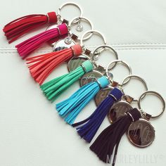 Car Office, Door To Garage - Garage Door Conversion, Car Hacks Ideas. Monogram Keychain, Tassel Keychain, Car Accessories For Girls, Jeep Accessories, Fancy Cars, Cute Cars, Jeep Keys, Car Keys, Car Key Ring