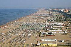 Agencja ANSA powołując się na ustalenia śledczych poinformowała, że sprawcami ataku na polskich turystów w Rimini, byli prawdopodobnie czterej nielegalni...