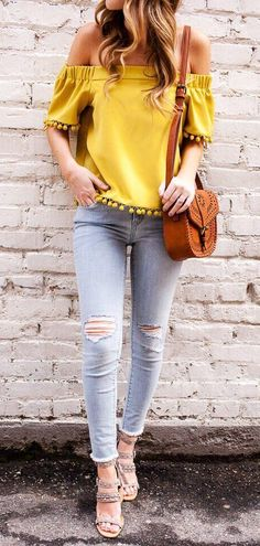 how to wear a brown bag : yellow off shoulder top + ripped jeans + sandals