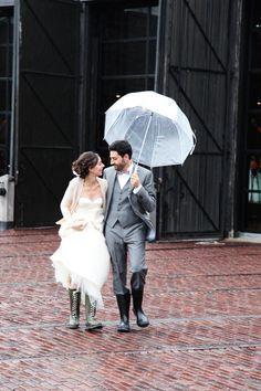 Rainy day wedding :) Photography by simplephoto.ca