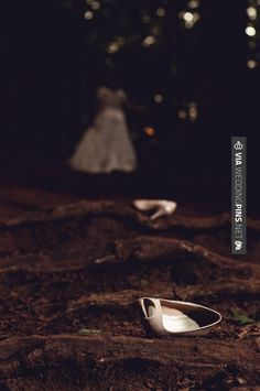 "Love this! - 1950's Wonderland ""trash the dress"" // photo says hello   CHECK…"