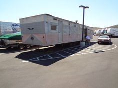 3/4 shot of trailer.