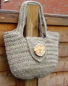 The Pipistrelle handbag pattern - now in US terms for all you crocheters across the pond :) xx