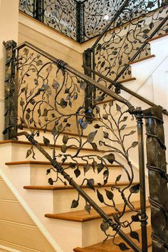 Some day this will be my iron stairway...love the detail!