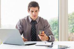 Dem Leben mehr Balance geben. Viele Menschen opfern ihr Privatleben für den Job. Permanente innere Anspannung kann dazu führen, dass die Konzentrationsfähigkeit leidet. Foto: djd/Neurexan/thx