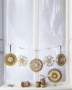 "<3  ""Joyeux Noel"" Rolled Paper Christmas Tree Topper - Neiman Marcus"