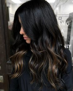 194 hottest dark brown hair colors to inspire you – Balayage Haare Brown Hair Balayage, Brown Blonde Hair, Hair Highlights, Black Hair With Brown Highlights, Dark Balayage, Bayalage Black Hair, Black Brown Hair, Dark Brunette Hair, Chunky Highlights