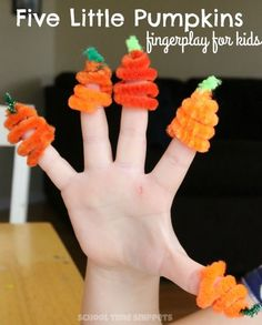 Simple and fun fingerplay to go along with the poem, Five Little Pumpkins-- perfect for young kids!