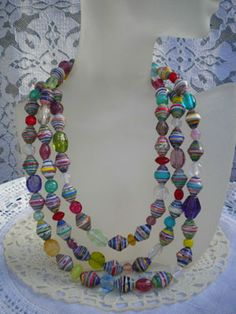 cool paper bead jewelry......Love the color mixes you can do