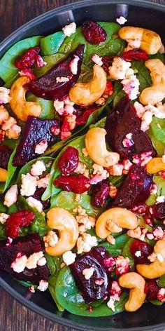 Beet Salad with Spinach, Cashews, and Goat Cheese salad salad salad recipes grillen rezepte zum grillen Healthy Salad Recipes, Vegetarian Recipes, Cooking Recipes, Vegetarian Salad, Summer Salad Recipes, Clean Eating, Healthy Eating, Healthy Food, Summer Salads