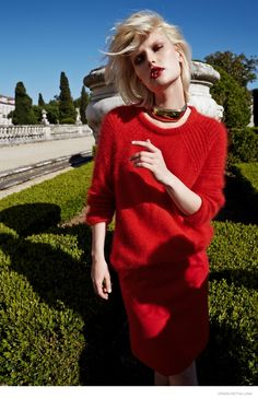 Anna Emilia Seewald by Tina Luther for Grazia Germany. #fashion #photography #red