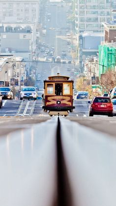 A beautiful photo of a San Francisco tram.
