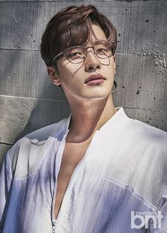 "Sung Hoon, star of the recent OCN drama hit ""My Secret Romance"", did a pictorial recently for BNT Magazine and WOW is all we gotta say. He said in the interview portion that he never th…"