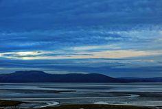 Atrapados por la imagen: estuario en Grange-over-Sands, Cumbria, Inglaterra...