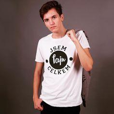 Tak co už máte něco z Lubošovi nové kolekce? A nebo něco chcete? Tagujte na fotkach #KulisekMerch a objeví se u nás na webu!  #kulisek #lubos #mikina #merch #trika #realgeek #lubosjecelkemfajn Nasa, Youtubers, Celebrity, Humor, Boys, Mens Tops, T Shirt, Outfits, Women