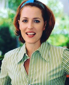 David Duchovny, Gillian Anderson, Tv Icon, Girl Crushes, American Actress, Redheads, Actors & Actresses, Beautiful Women, Rolodex
