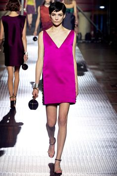 """Small box-shaped handbags, looked like camera cases."" Lanvin Spring 2013 RTW #pfw"