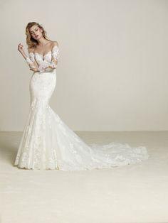 7d3aa6019e4 17 nejlepších obrázků z nástěnky Svatební šaty Adina Pronovias 2018 ...