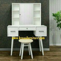Meja Rias Minimalis Modern Duco merupakan meja rias dengan konsep minimalis modern yang terbuat dari kayu mahoni pilihan serta di balut dengan finishing duc
