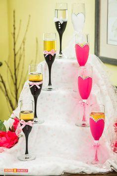 How to Make DIY Decorative Wedding Champagne Flutes Wedding Car Decorations, Wedding Ideas, Wedding Reception, John Deere Wedding, 50th Birthday Cake For Women, Wedding Champagne Flutes, Champagne Glasses, Always A Bridesmaid, Wedding Types