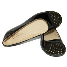 Very stylish classic ballerinas. Patent uppers with eye-catching caps made of suede and decorated with studs. These comfortable, unique and elegant shoes can be worn with pants, jeans, skirt or dress. Lined with soft leather. With a non-slip and flexible sole.