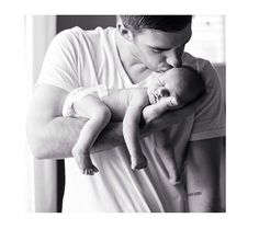 2019 Trend of Newborn Photography Ideas & Tips for Poses Props & Settings Bab . - 2019 Trend of Newborn Photography Ideas & Tips for Poses Props & Settings Bab Babyfotos Foto Newborn, Newborn Baby Photos, Baby Poses, Newborn Shoot, Newborn Baby Photography, Newborn Pictures, Maternity Pictures, Pregnancy Photos, Children Photography