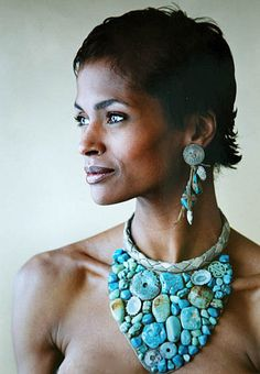 """Necklace & Earrings 