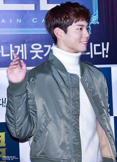 박보검 161206 커튼콜 VIP 시사회 [ 출처 : TZ민 http://tz616.tistory.com/220 ]