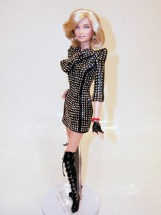 Madonna Barbie by Mario Paglino and Gianni Grossi - Magia2000