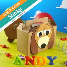 Slinky Candy Box - Do your children love every Toy Story character? We have a big surprise for them: you can make them - Toy Story Theme, Toy Story Birthday, Toy Story Party, 2nd Birthday Parties, Baby Birthday, Toy Story 3, Slinky Toy, Toy Story Slinky, Festa Toy Store