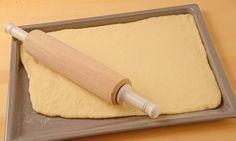 Grundrezept Quark-Öl-Teig                              -                                  Ein schnell zubereiteter Teig mit Quark für Pizza, Obstkuchen und Gebäck