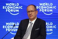 GlaxoSmithKline's (GSK.L) former chief executive Andrew Witty and its one-time research head Moncef Slaoui both picked up new jobs in the biotech venture capital sector on Tuesday, following a route favored by many ex-pharma executives.